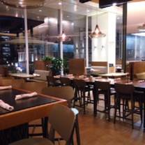 photo of bar verde – nordstrom at the grove restaurant