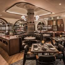 foto von swift & sons restaurant