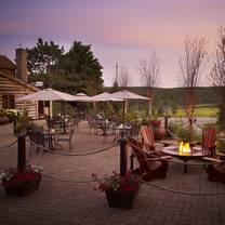 foto von the antler steakhouse - deerhurst resort restaurant