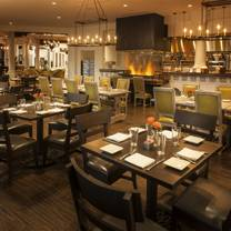 photo of kitchen west restaurant - the scottsdale resort at mccormick ranch restaurant