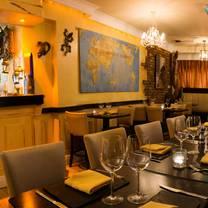 foto von darwins restaurant