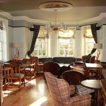photo of the stag and hounds restaurant