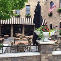 photo of o'toole's libertyville restaurant