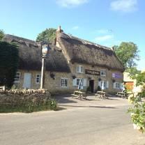 photo of the plough inn finstock restaurant