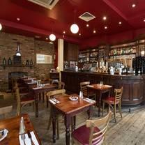 photo of bleeding heart tavern restaurant