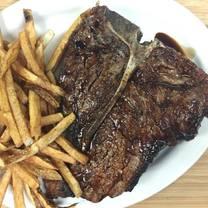 photo of doe's eat place restaurant