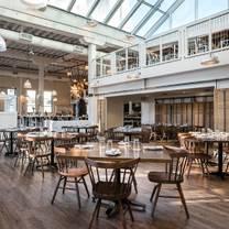 photo of rodney's oyster house - calgary restaurant