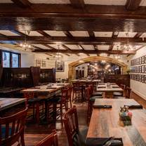 photo of yankee doodle tap room restaurant