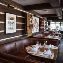 photo of chuck's steakhouse restaurant