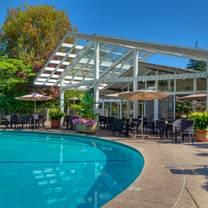 photo of dinah's poolside restaurant restaurant