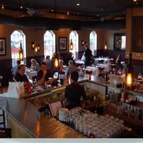 photo of primo plates & pours restaurant