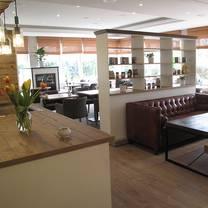 foto von bio restaurant alte schule restaurant