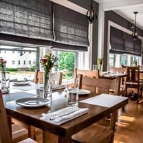 photo of carte blanche restaurant