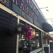 foto von the old triangle irish alehouse - sydney restaurant