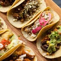 foto von tallboy taco restaurant