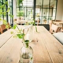 foto von barefoot hotel restaurant