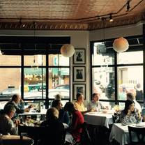 foto von drew's on halsted restaurant