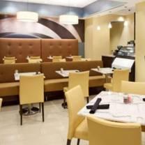 photo of king bar & bistro at the hotel indigo baton rouge restaurant