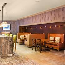 photo of 4th & u restaurant and patio - doubletree hilton nashville restaurant