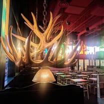 photo of carlos & pepe's - vaudreuil-dorion restaurant