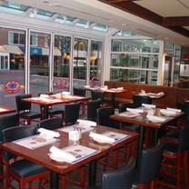 photo of legal sea foods - charles square restaurant