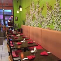 foto von rollapalooza restaurant