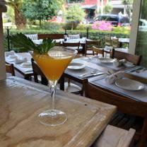 foto de restaurante ouzeria