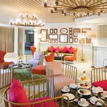 photo of champagne and tea lounge - dukes hotel dubai restaurant
