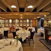 photo of bleeding heart restaurant restaurant