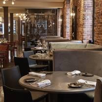 photo of verses restaurant restaurant