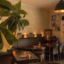 foto von goldstück - die kleine bar restaurant