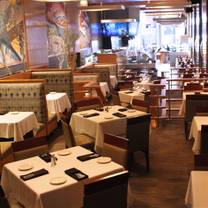 photo of catch 35 - chicago restaurant