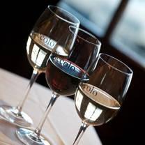 foto von piccolo restaurant of huntington restaurant