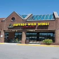 photo of buffalo wild wings - willow lake restaurant