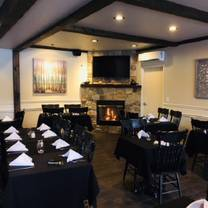 photo of settlers' ghost golf club restaurant