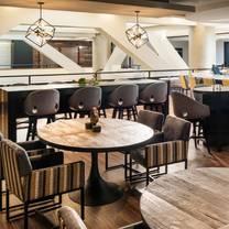 foto von iron & oak restaurant