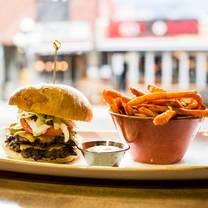 foto von cornerstone bar & grill restaurant
