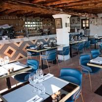 foto von room 39 at pikes ibiza restaurant