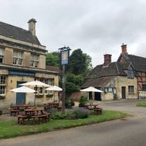 photo of the longs arms restaurant