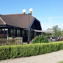 photo of the weald of kent sunday carvery restaurant