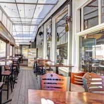 photo of bacari pdr restaurant