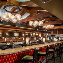 photo of houlihan's - fairway restaurant