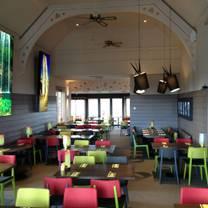 photo of roo's leap montrose restaurant