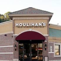 photo of houlihan's - hasbrouck heights restaurant