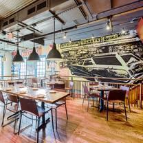 foto von america eats tavern restaurant