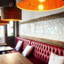 photo of 33 abbeville road restaurant