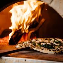 foto de restaurante bella brutta pizza