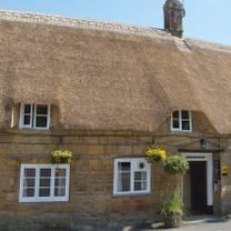 photo of the masons arms restaurant