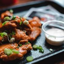 foto von bison bar & bbq restaurant