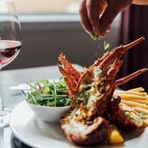 photo of aria restaurant - crowne plaza auckland restaurant
